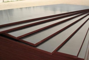 Фанера ламинированная 15х1250х2500 F/F тёмно-коричневая Латвия